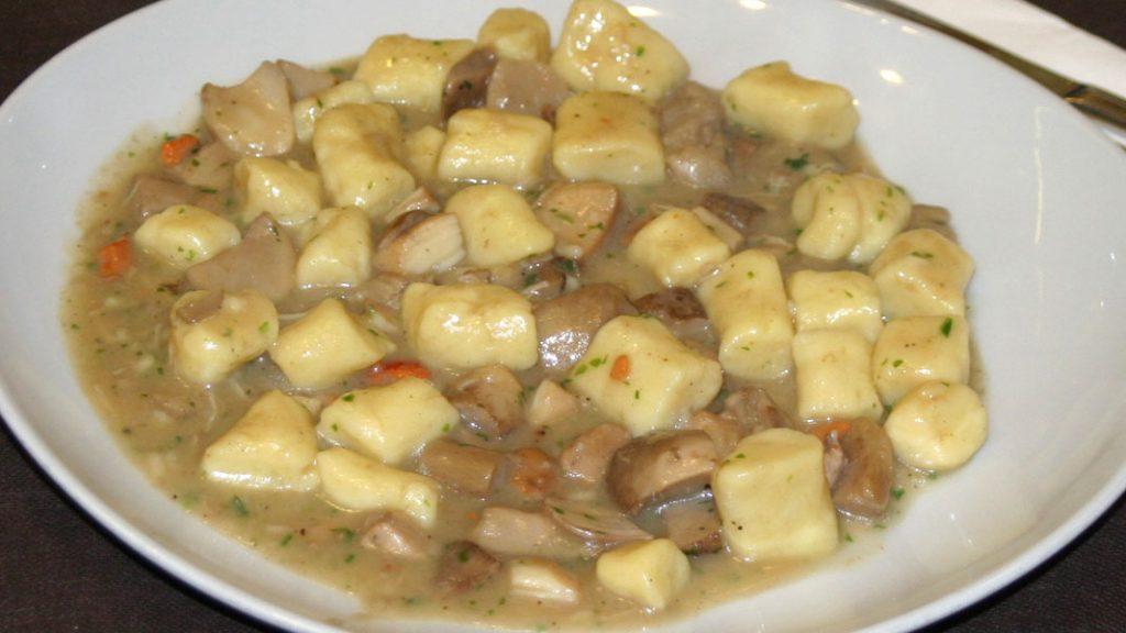 Gnocchi mit Capesante und Porcini - goodstuff AlpeAdria