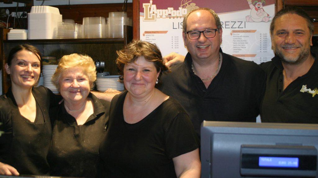 Buffet L'Approdo - Das Team - goodstuff AlpeAdria