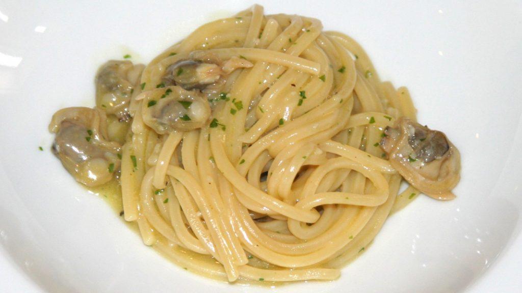 Spaghetti caperozzoli in bianco - goodstuff AlpeAdria