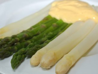 Spargel mit Sauce hollandaise - goodstuff AlpeAdria