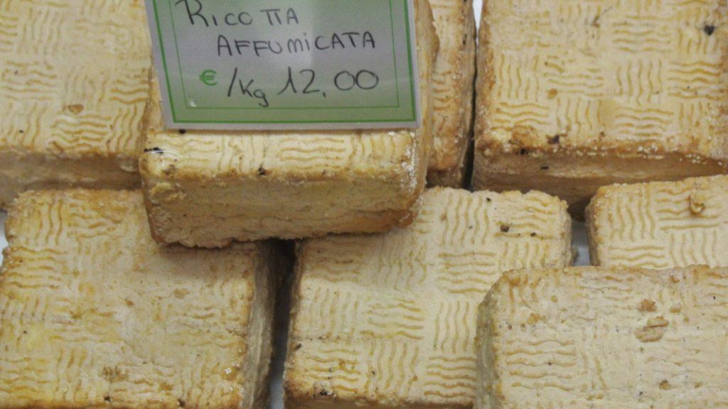 Ricotta affumicata - goodstuff AlpeAdria