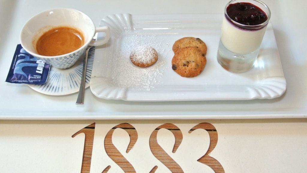 Caffè mit Keksen - goodstuff AlpeAdria