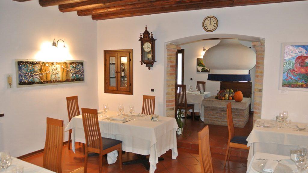 Ristorante Al Castello - im Saal - goodstuff AlpeAdria