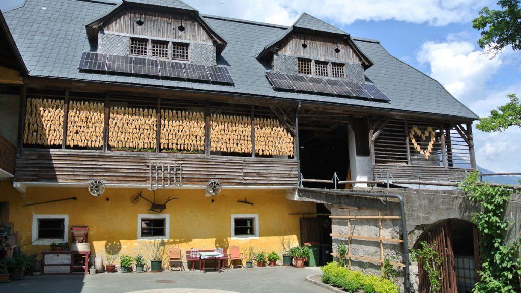 Am Hof der Familie Brandstätter in Würmlach - goodstuff AlpeAdria