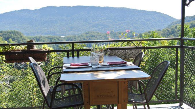 Terrasse mit Aussicht - goodstuff AlpeAdria